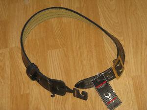 "Safariland 872-28-6B Suede Lined Contoured Duty Belt w/ Brass Buckle, 2.25"""