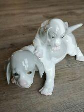 alte Porzellan Figur - spielende Hunde Welpen / vermutlich Gebrüder Heubach