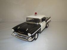 "Ertl/American Muscle  Chevrolet  Bel  Air  ""1957"" (schwarz/weiß) 1:18  ohne Vp.!"