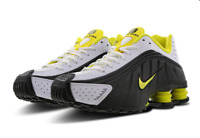 Nike Shox R4 Trainers Black / Yellow 104265-048 UK 8 EUR 42.5 CM 27