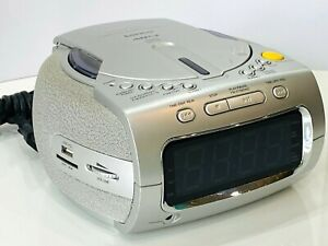 LENCO CR-2800 Stereo Radio Wecker Uhr mit Alarm + CD Player USB/ SD/ MMC/ MP-3