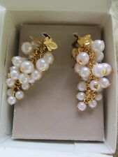 """VINTAGE AVON*FROSTED GRAPES CLIP EARRINGS CREAM*1991*2"""" LONG*NIB*REDUCED"""