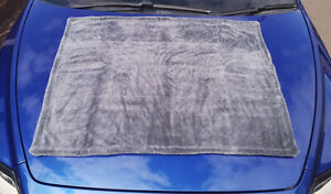 Blitz Detailing 'The Ultimate XXL' 1200GSM Twisted Loop Microfibre Drying Towel