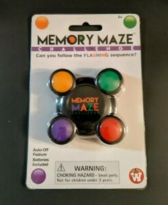 New Memory Maze Challenge Handheld Game  Batteries Included - flashing sequence