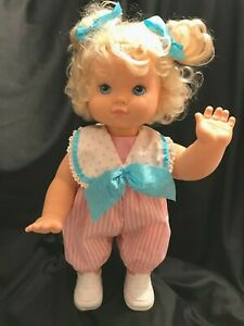Baby Wanna Walk Crawls Vintage 1991 Hasbro Original Outfit Excellent Cond Vtg