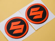 Round Tank Badge Fairing Emblems Decals for Suzuki Racing Motorcycles Red 5.5cm