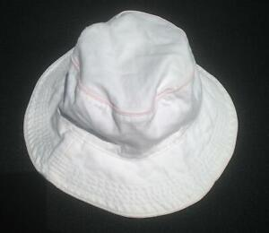 Baby Girls Baby Gap White Bucket Hat With Pink Piping Trim 18-24 mo.