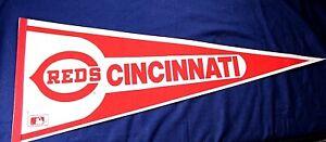 CINCINNATI REDS vintage 1970's souvenir felt pennant baseball red white MLB