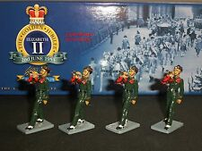 BRITAINS 40269 COLLECTORS CLUB GURKHA CONTINGENT PIPE BAND TOY SOLDIER SET 4