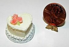 Dollhouse Miniature Cake Heart White  Falcon Minis 1:12 Scale