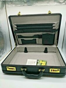 """007 Hard-sided 18"""" Briefcase Black PVC outside Combination Locks Man Business US"""