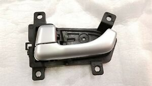 NEW OEM 2011-2016 KIA SPORTAGE DRIVER SIDE DOOR HANDLE - FITS FRONT OR REAR