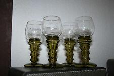 4 sehr schöne alte Römer Weingläser Wein Glas -mit  hellgrünem Schliffdekor-rar