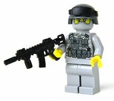 Army Modern Soldier with ACU camo and custom M4 Rifle REAL LEGO