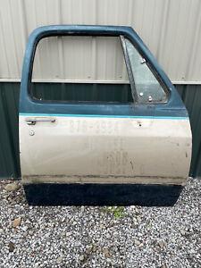 1988 1989 1990 1991 1992 1993 Dodge Ram D150 W150 D250 W250 Passenger Door #97J