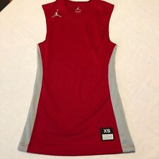 Nike AIR JORDAN Jumpman Logo Basketball Training Jersey 688533 Red Mens Medium