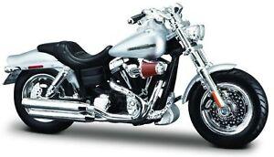 Harley Davidson Modell, 2009 FXDFSE CVO Fat Bob (36), Maisto Motorrad 1:18