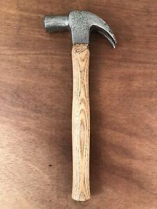 Vintage Stanley 24oz Large Carpentry Claw Hammer