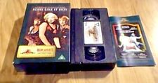 SOME LIKE IT HOT UK PAL VHS VIDEO 1997 w/ COLLECTORS BOOKLET Marilyn Monroe