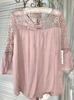 NEW Plus Size 1X XL Pink Mauve Blouse Lace Crochet Peasant Top Gauze Shirt
