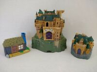 Harry Potter Hogwarts School Castle Hagrid's Hut & Forbidden Corridor Playsets