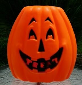 """Unbranded, Stackable, Lighted Blow Mold, Jack-O-Lantern """"TREAT"""" - no cord"""
