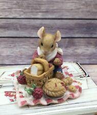 1997 Enesco Mouse Tales Fresh Raspberry Pie Tarts #295833 Figurine