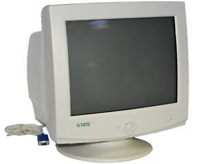 """LG StudioWorks 775N Vintage Time 17"""" VGA CRT Computer Monitor CB775C-NA inc VAT"""