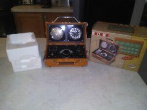 Spirit of St Louis Radio Alarm Clock S.O.S. aviator flight case Lindberg Edition