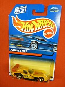 Hot Wheels 2000  #187  Panoz GTR-1  Yellow  MOC