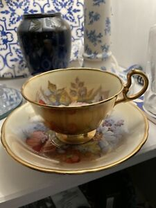 J A Bailey Signed Aynsley England Bone China Cabbage Rose Cup & saucer A/f