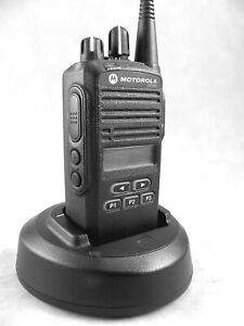 MINT Motorola CP185 UHF 16ch Radio w/Accessories