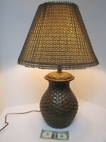 VTG CERAMIC TABLE LAMP BASKET WEAVE PATTERN BROWN W/WOVEN SHADE BOHO TIKI CABIN