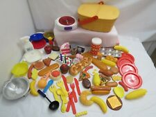 KITCHEN PLAY FOOD 84 PIECES PLATES DISHES BURNER STOVE LARGE PICNIC BASKET