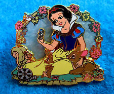 SNOW WHITE SEVEN DWARFS WALT DISNEY OFFICIAL PIN TRADING BADGE MOVIE MOMENTS