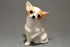 Chihuahua (chihuahueño,chiwawa) ceramic dog figurine. Great gift for dog lovers.