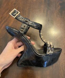 Shoe Republic LA Black And Gold Spiked Heel-less Platform Wedges Size 7