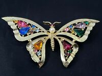 Vintage Butterfly Brooch Pin Jewel Tone Rhinestones Faux Pearl Brushed Gold