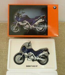BMW F 650 ST Motorcycle - Official Dealer Diecast 1:18 model | Thames Hospice