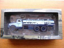 Camions d'autrefois , Volvo N88 , lait Mont Blanc , 1967 , 1/43 ème,Altaya, IXO