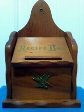 Vtg.Early American Colonial Style  Eagle Wood Recipe Box Hinge Lid Stand /Wall