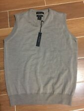 Tahari Men's Extra Fine Marino Wool V Neck Sweater Vest Size M