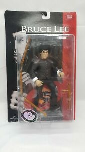 BRUCE LEE Collectible 1998 The Universal Action Figure - Slideshow Toy...
