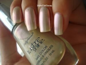NEW! Sally Hansen Lustre Shine Nail Polish Lacquer in MOONSTONE #001