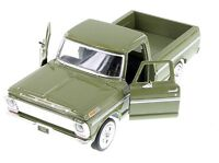 """1:24 Scale Motor Max 1969 Ford F-100 Pickup truck diecast model 8"""" Long Green"""