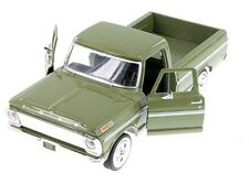 "1:24 Scale Motor Max 1969 Ford F-100 Pickup truck diecast model 8"" Long Green"