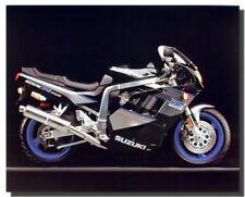 Poster Of Suzuki GSXR 750 Sports Motorcycle Art Print Wall Decor (16x20)