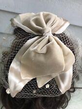 Vintage Ladies Fascinator Hat Champagne Velvet Bow Netting Union Lovely