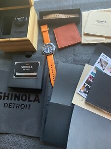 SHINOLA RAMBLER GMT BLUE Face ORANGE RUBBER FACTORY BAND EXC COND w box papers