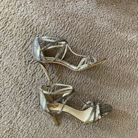Vince Camuto VC Signature T-Strap Gold Snakeskin Sandals High Heels Shoes 7.5